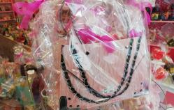 Handtasje gevuld met lekkers (ook zelf samen te stellen)